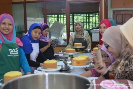 Kursus Pembuatan Kek