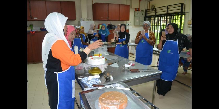 Kursus Asas Pembuatan Kek