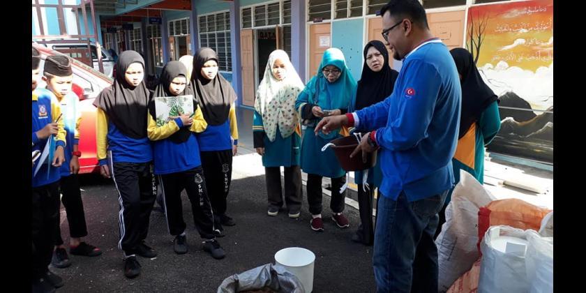 Kursus Pertanian Bandar di Sekolah Agama Taman Kota Kulai