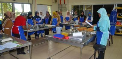 22 peserta ikuti kursus asas pembuatan kek
