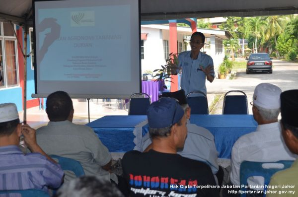 Ketua Kampung DUN Serom ikuti kursus tanaman durian
