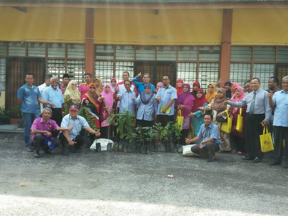Majlis Penyampaian Program Pertanian Rakyat DUN Johor Lama