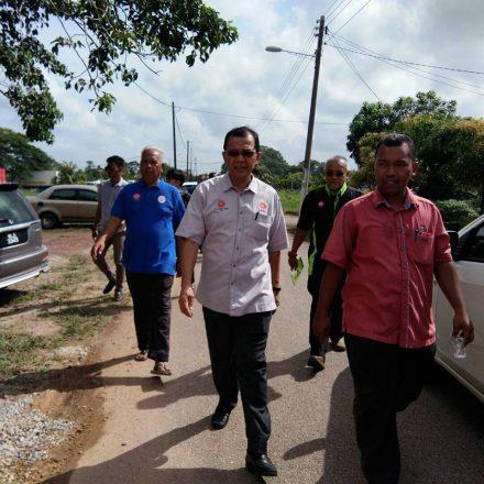 Majlis Penyampaian Bantuan dan Sijil Program Galakan Usahawan DUN Serom