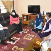 Keluarga Allahyarham Hisyamudin Bin Mansor Diziarahi Ketua Pengarah Pertanian Malaysia