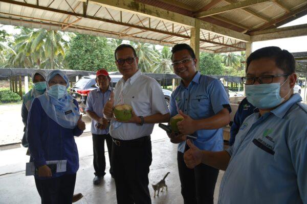 Pusat Pertanian Pt. Botak Dikunjungi YB EXCO Pertanian Johor
