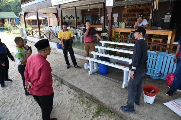 Kursus Hands-on dan Penyerahan Input Program Pertanian Komuniti Di Pulau Aur, Pulau Pemanggil dan Pulau Tinggi