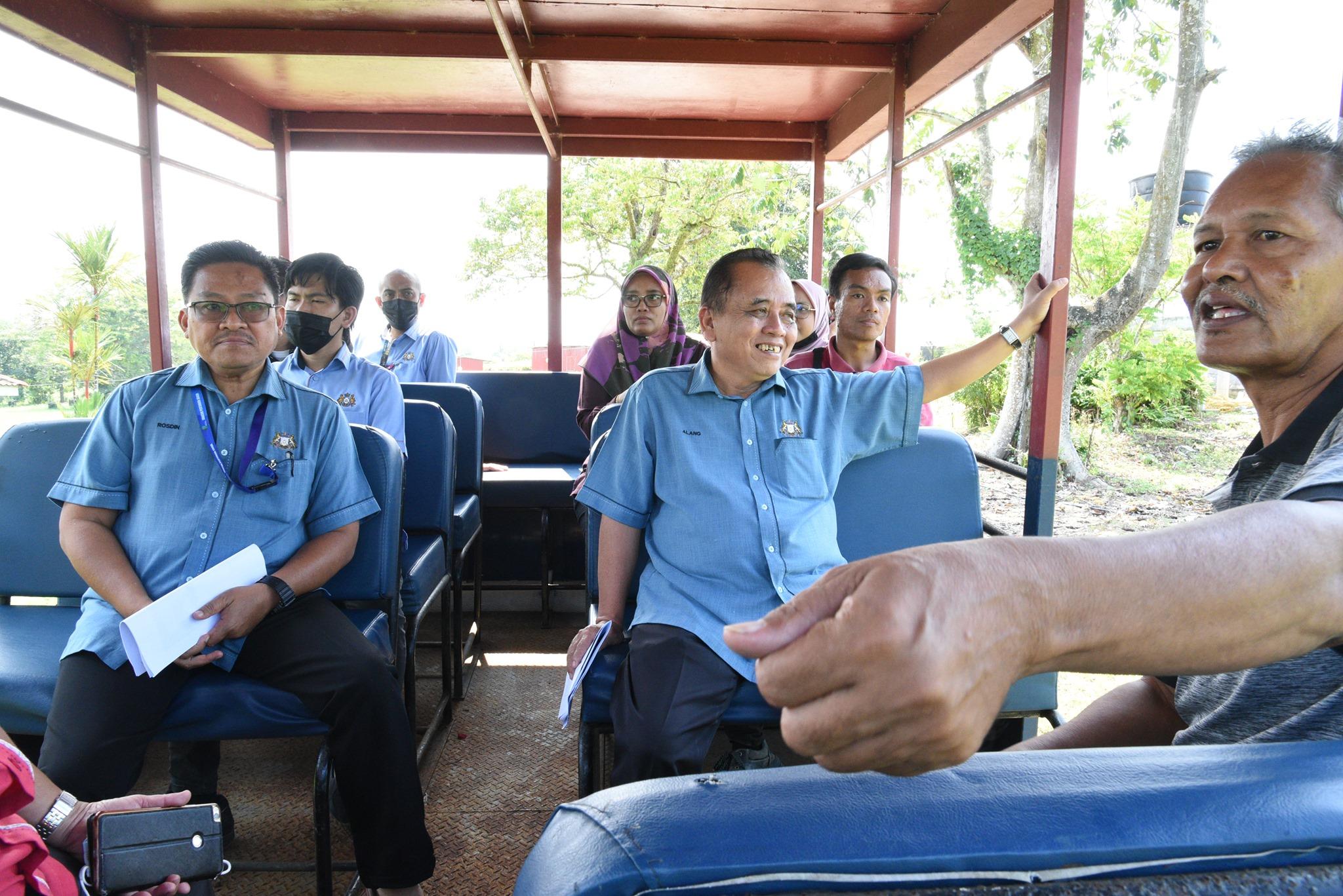 Tinjauan Kerja Pengarah Pertanian Negeri Johor ke Taman Pertanian Johor